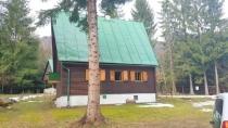 Exkluzívne na predaj krásna chata Moštenica, okres Banská Bystrica – realitná kancelária Xemar