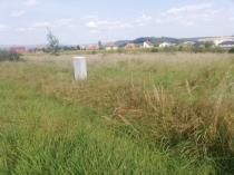Exkluzívne na predaj slnečné stavebné pozemky v obci Kalinovo – realitná kancelária Xemar