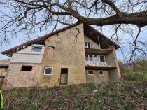 Na predaj rozostavaný rodinný dom- Ružiná – realitná kancelária Xemar