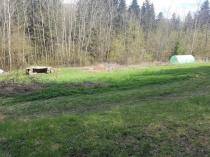 Exkluzívne na predaj krásny veľký rekreačný pozemok v lese, Moštenica, okr. Banská Bystrica – realitná kancelária Xemar