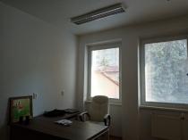 Na prenájom priestor pre služby , administratívu v širšom centre BB – realitná kancelária Xemar