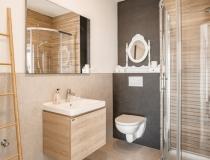 Na predaj novostavba 5 - izbového dvojpodlažného RD s dvojgarážou v obci Slaská. – realitná kancelária Xemar
