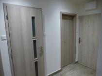 Iba u nás! Na predaj novo zrekonštr. 4 izb. tehlový byt na Sídlisku SNP v Ban. Bystrici – realitná kancelária Xemar