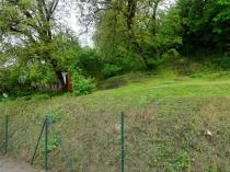 Pozemok pre RD blízko centra - Stará Sásová, BB – realitná kancelária Xemar