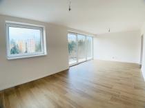 Exkluzívne ponúkame na prenájom 3 izb.byt  v novostavbe v BB s parkovacím miestom – realitná kancelária Xemar