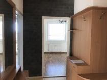 Na predaj priestranný 4 izbový byt s parkovacím miestom v Lučenci. Ihneď voľný. – realitná kancelária Xemar